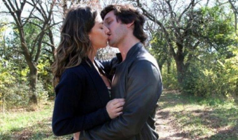 FOTO: Romina Gaetani recordó su mejor beso con Benjamín Vicuña