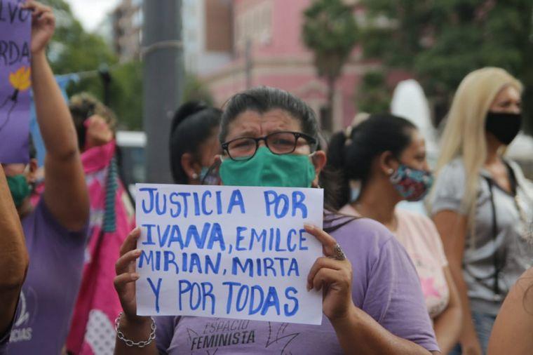 FOTO: Marcha para pedir justicia por el crimen de Ivana Módica