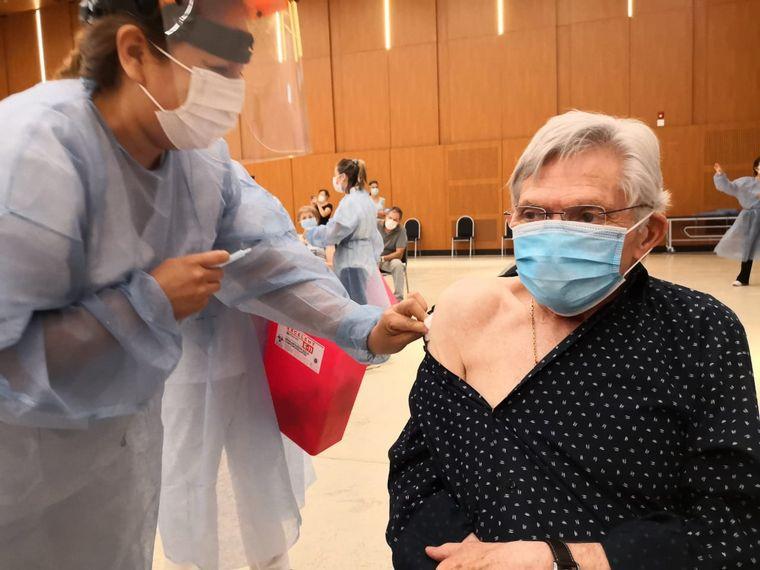 AUDIO: Vacunaron contra el coronavirus a Rony Vargas