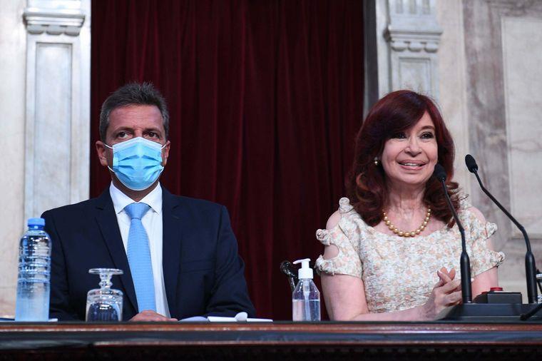 FOTO: Cristina Fernández de Kirchner, sin barbijo en el Congreso.