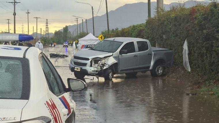 FOTO: Una camioneta policial mató a un motociclista. Crédito: Canal 13 de San Juan.