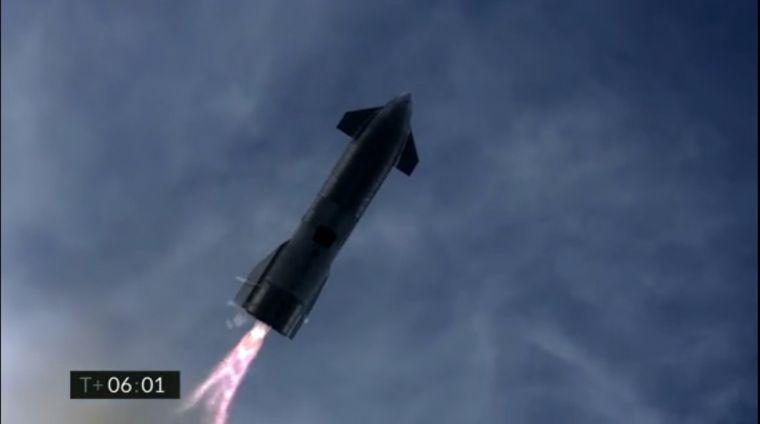 FOTO: Un prototipo de SpaceX estalló tras su aterrizaje.