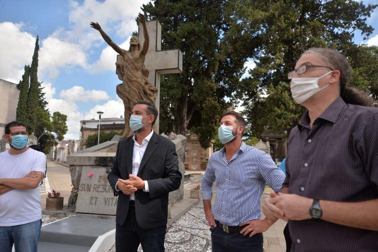 FOTO: Habilitan visitas guiadas al Cementerio San Jerónimo