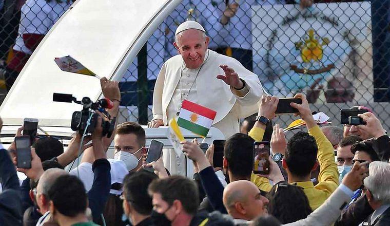 Francisco afirmó que visitará la Argentina