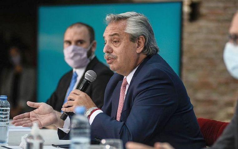 Alberto Fernández anuncia la ejecución de mil obras