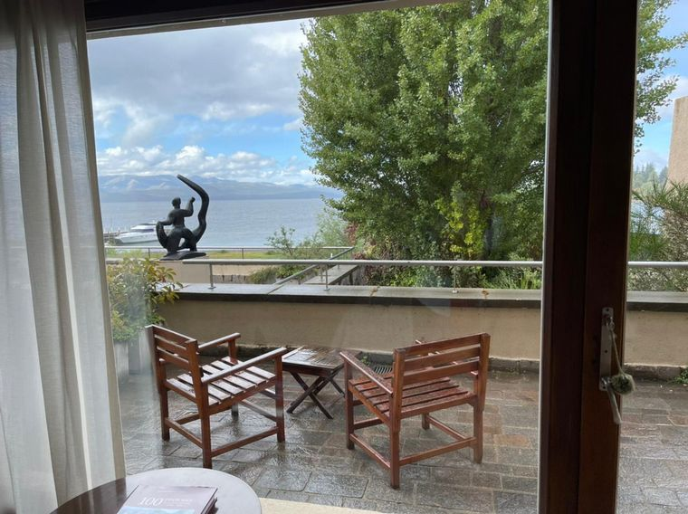 FOTO: Agus Vivanco visitó El Casco Art Hotel de Bariloche.