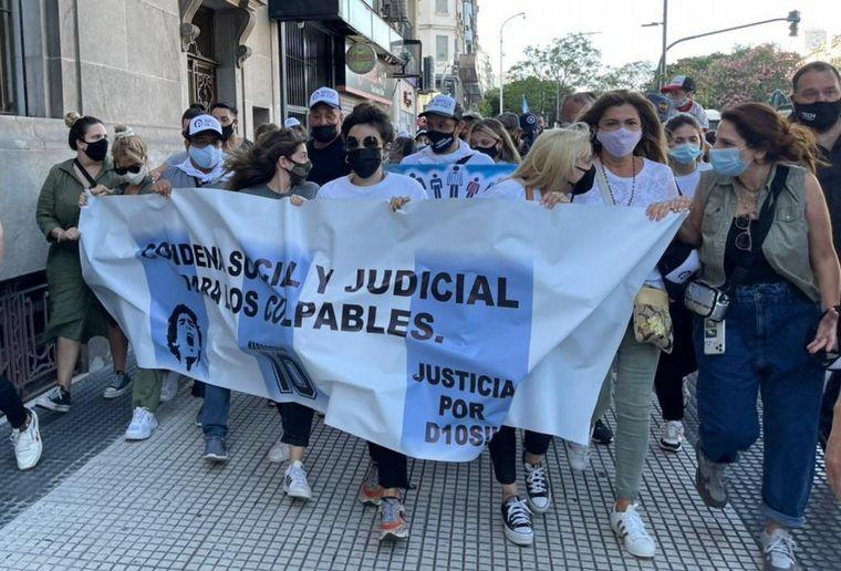 AUDIO: Marcharon en Buenos Aires para pedir justicia por la muerte de Maradona