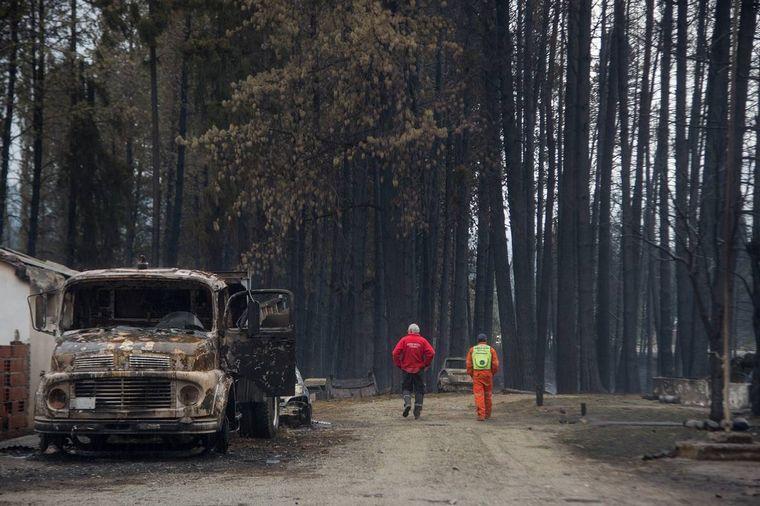 FOTO: Incendios en la Comarca Andina (Foto: Bariloche2000).