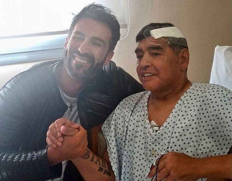 """FOTO: La junta médica había indicado que Maradona recibió atención """"temeraria""""."""
