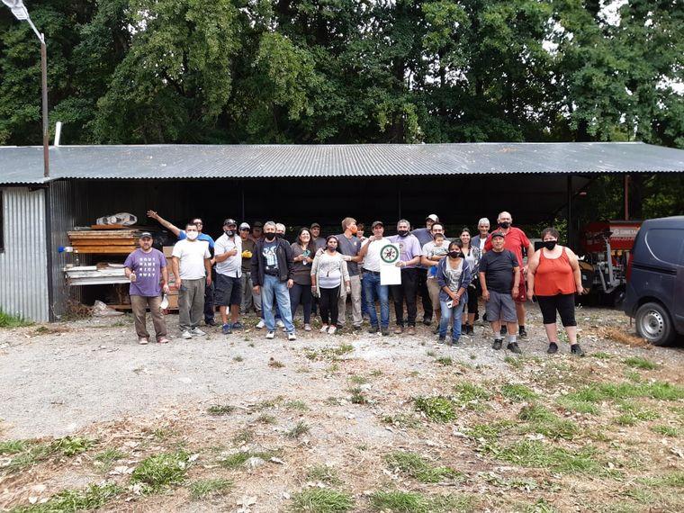 AUDIO: Vecinos movilizaron a una comunidad para ayudar a los damnificados de los incendios