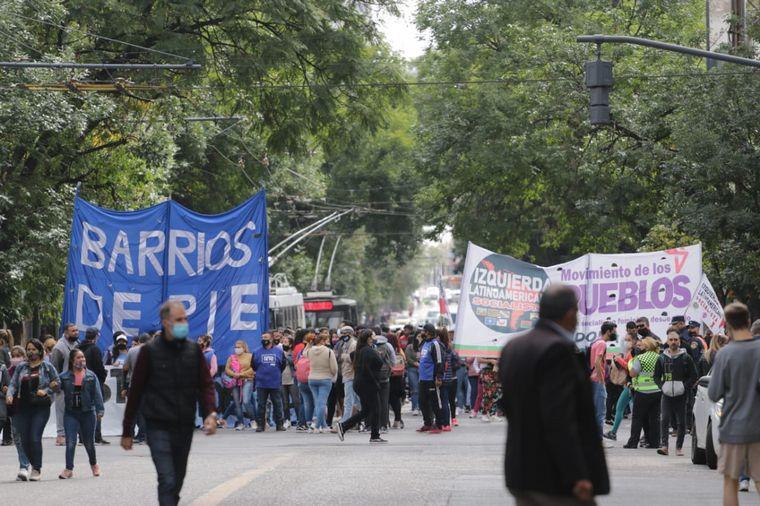 FOTO: Masiva concentración de organizaciones sociales en Córdoba