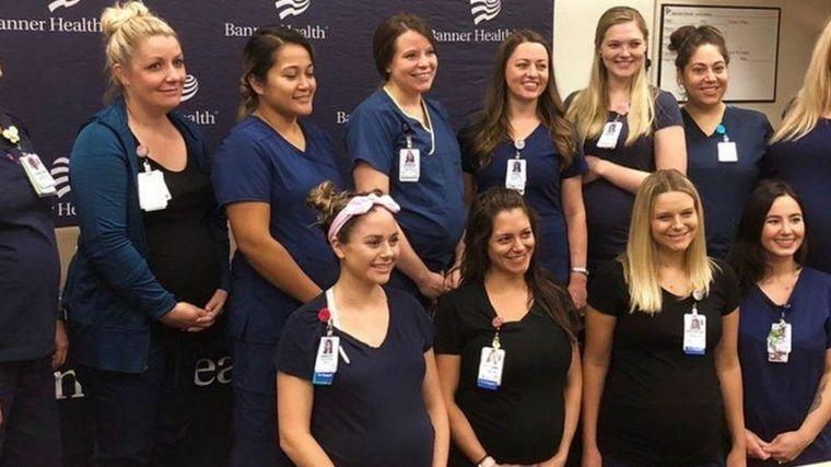 FOTO: 16 enfermeras de un hospital se embarazaron al mismo tiempo
