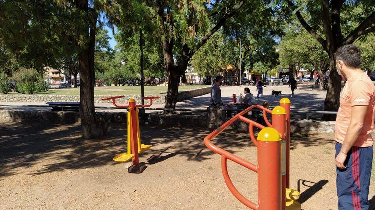 FOTO: Las plazas en Córdoba y en Buenos Aires, una opción clásica de domingo.