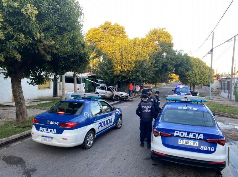 FOTO: Investigan un violento hecho en el que una mujer resultó quemada en Córdoba.