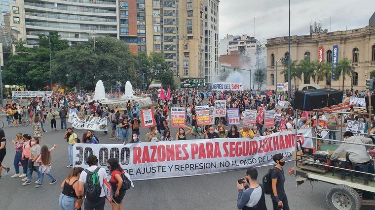 FOTO: Miles de personas marcharon por el 24 de marzo en Córdoba