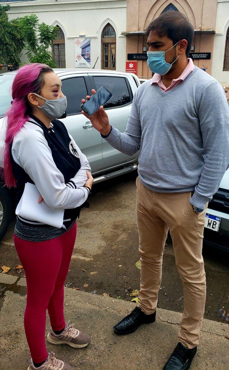 FOTO: Denunció que intentaron secuestrarla al frente de su casa