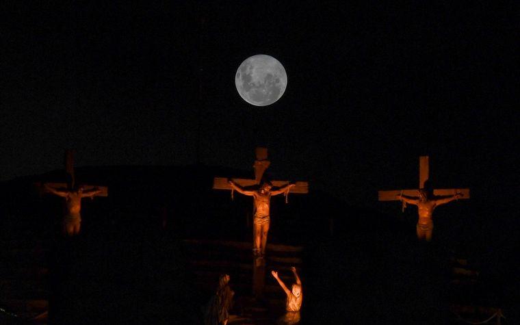 FOTO: Las noches del 28, 29 y 30 de marzo, la luna podrá verse ligeramente más grande.