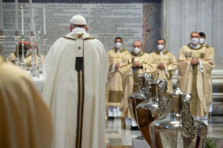 FOTO: Francisco renunció al lavado de pies del Jueves Santo.