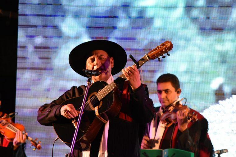 FOTO: El Chaqueño Palavecino volvió a los escenarios de Cosquín.