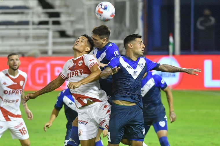 AUDIO: 4º Gol Vélez Sarsfield (Juan Martín Lucero)