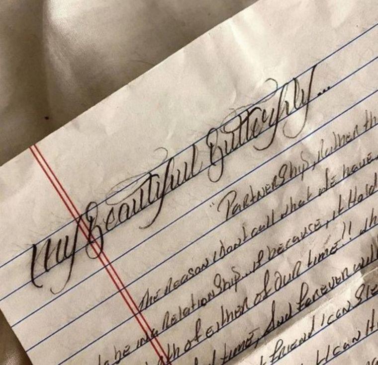 FOTO: Conoció por chat a un asesino, preso hasta 2034, y viajará a EE.UU. para casarse