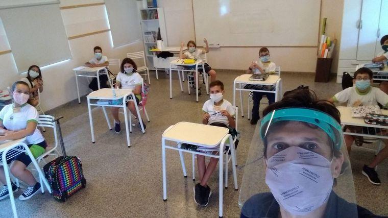 AUDIO: Fue a vacunarse y la médica había sido su alumna en 4°grado (Foto ilustrativa)