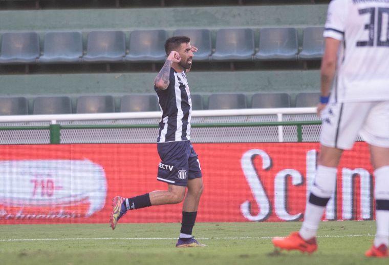 FOTO: Michael Santos abrió el marcador para Talleres frente a Vélez por Copa Argentina.