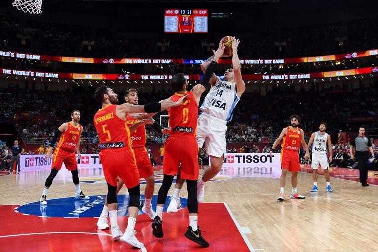 FOTO: Gabriel Deck jugará en la NBA.