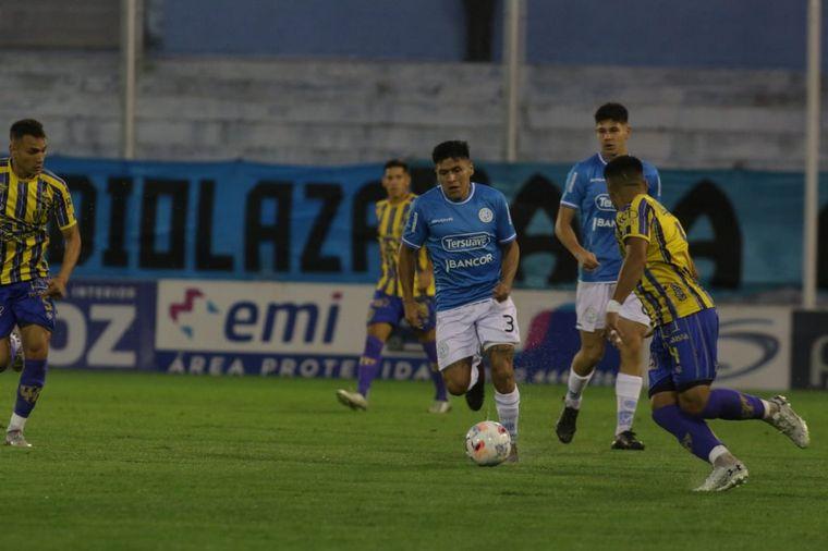 FOTO: Belgrano y Atlanta empataron en Alberdi.