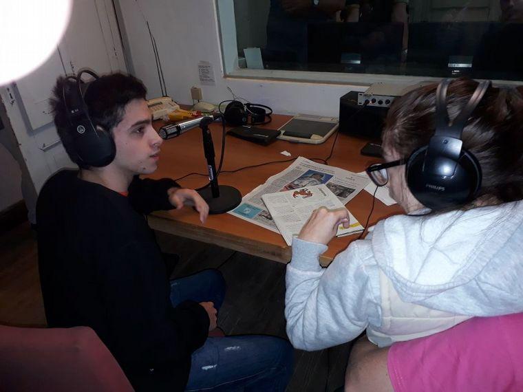 AUDIO: Una parálisis cerebral no impidió que hiciera oír su voz