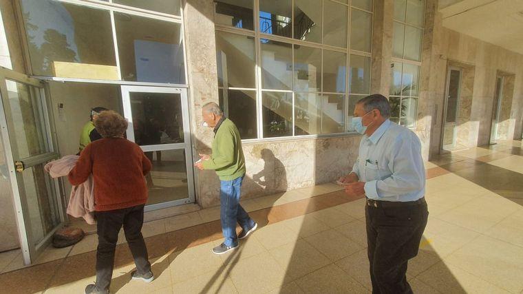 FOTO: Se interrumpe la vacunación anti Covid en Córdoba