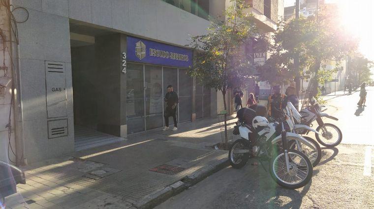AUDIO: Apuñalaron y robaron a un joven en pleno centro de Córdoba
