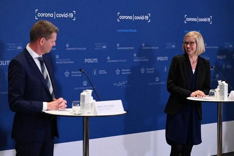 FOTO: Tanja Erichsen se desmayó en plena conferencia.