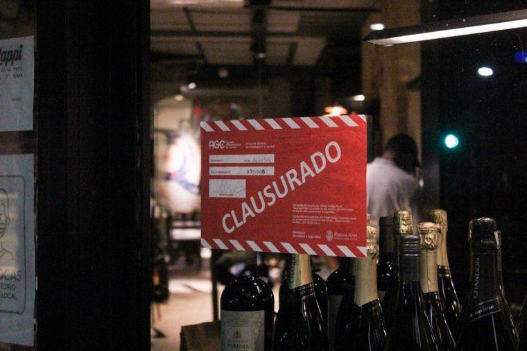 FOTO: Bares y restaurantes acatan medidas en Buenos Aires