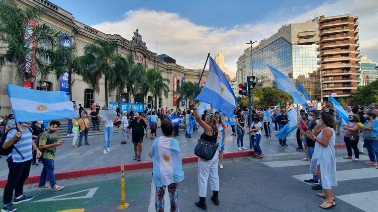 FOTO: Manifestantes en Córdoba (Foto: Daniel Cáceres).