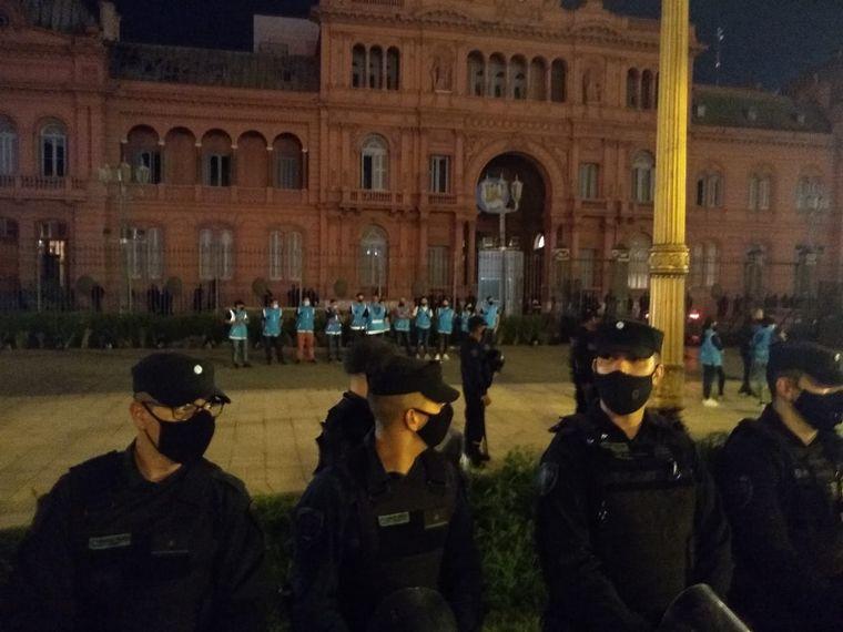 AUDIO: Marchan en el Obelisco en contra de la suspensión de clases presenciales