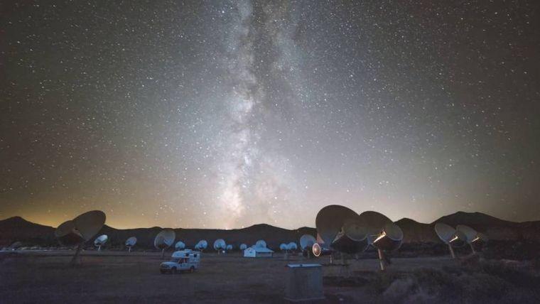FOTO: La Vía Láctea podría albergar vida extraterrestre.