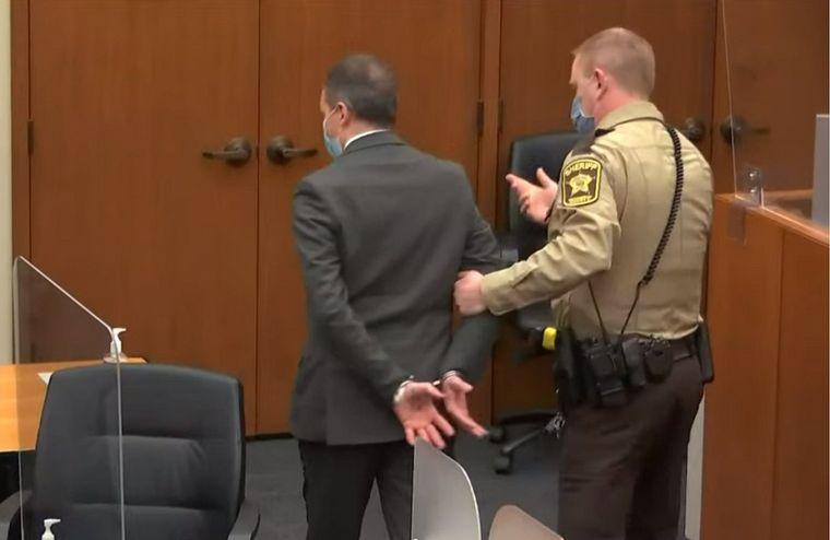 AUDIO: El momento en que sentenciaron a Chauvin por el asesinato de George Floyd