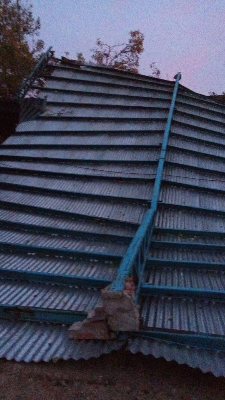 AUDIO: Fuertes vientos volaron el techo de un club en Santa Fe
