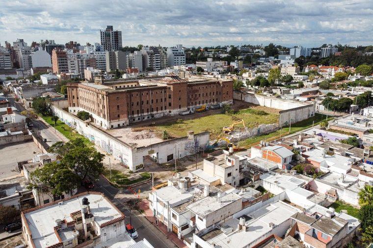 FOTO: Ex cárcel de Encausados: iniciaron obras de reconversión