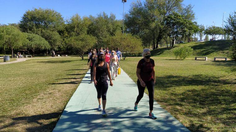 FOTO: Caminatas urbanas en Córdoba, una propuesta diferente