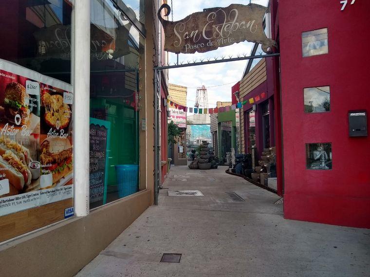 FOTO: Tigre cierra espacios públicos y comercios a cielo abierto