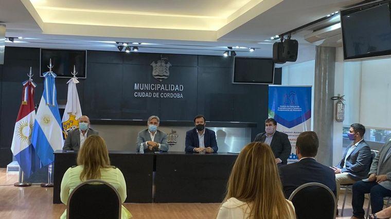 AUDIO: Convenio entre la Municipalidad y el Colegio Médico Veterinario