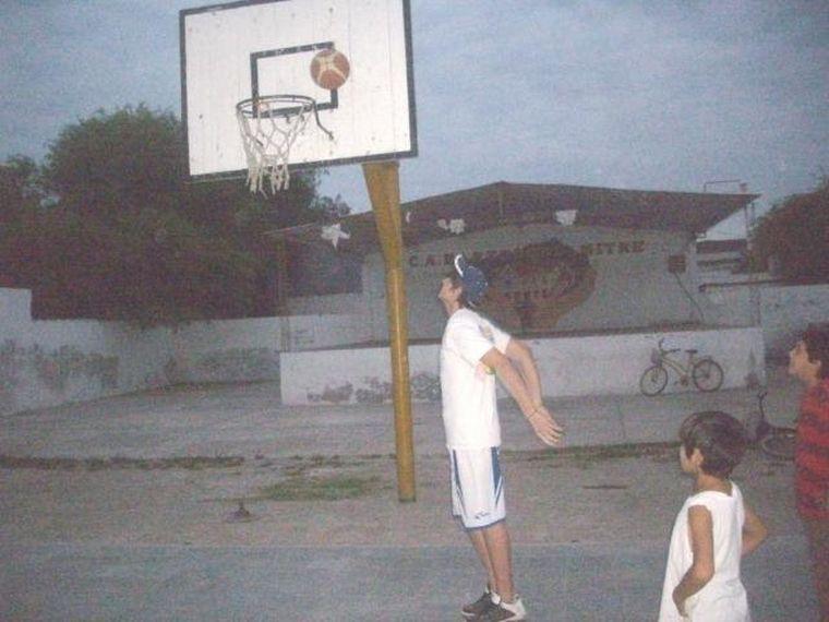 FOTO: El aro donde Gabriel comenzó a jugar