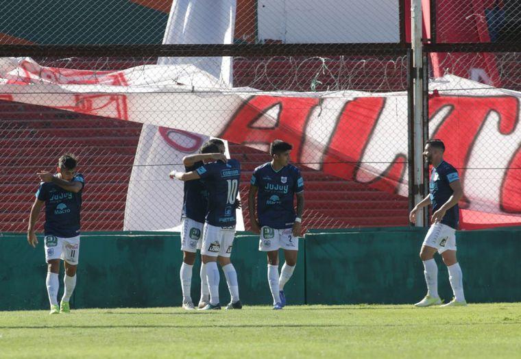 FOTO: Instituto cayó ante Gimnasia de Jujuy en Alta Córdoba.