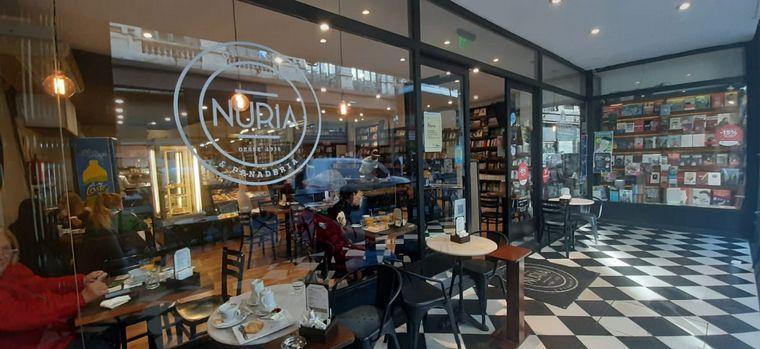 AUDIO: Cómo es desayunar en una librería en Rosario
