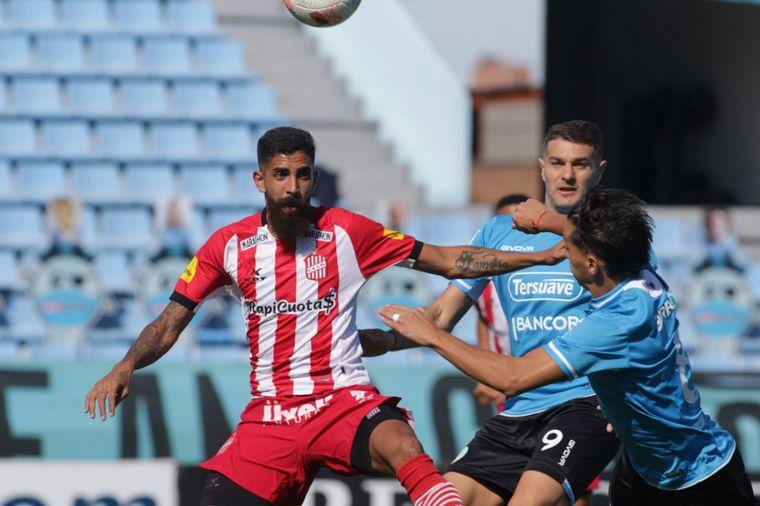 FOTO: Belgrano cayó ante San Martín (T) por 1-0 en Alberdi.