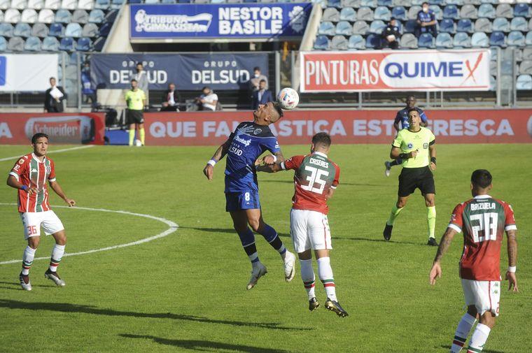 FOTO: Vélez goleó a Gimnasia en La Plata