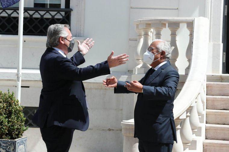 FOTO: Alberto Fernández junto a Antonio Costa.