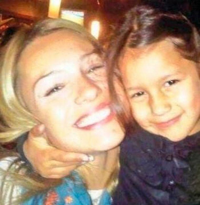 FOTO: Pampita inauguró una plaza en homenaje a su hija Blanca